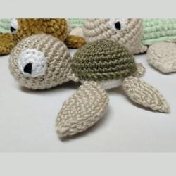 Baby turtle amigurumi...